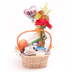 Wicker Baskets, Picnic, Blog, Halloween, Diy, Decor, Paper, Healthy Breakfasts, Surprise Gifts
