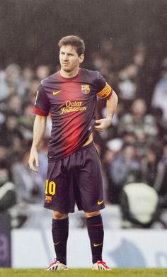 Lionel Messi, who scored Barca's second goal in their draw at Celta Vigo, notched up his league goal of the campaign which also secured another record for the World Player of the Year. Lionel Messi, Cr7 Vs Messi, Messi Soccer, Messi 10, Neymar, World Football, Soccer World, Football Soccer, Good Soccer Players