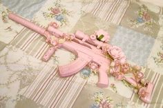 Hiding guns in plain sight calls for tips and tricks from gun experts, so find out about DIY gun safes Knife Aesthetic, Badass Aesthetic, Bad Girl Aesthetic, Pastel Punk, Pastel Goth Fashion, Kawaii Fashion, Pastell Goth Outfits, Pretty Knives, Pink Guns