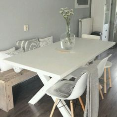 Love this simple comfy dining room Dining Room Design, Dining Room Table, Table And Chairs, Eames Dining, Eames Chairs, Dining Area, Dining Bench, Tables, Dining Room Inspiration