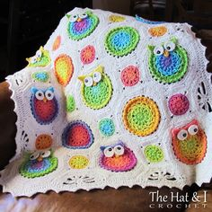 I wish I could crochet like this. This is adorable! PATTERN Owl Obsession a CoLorFuL owl blanket by TheHatandI. , via Etsy. Holy crap, I wish I were that talented! Crochet Owls, Crochet Motifs, Crochet Blanket Patterns, Crochet Crafts, Yarn Crafts, Crochet Projects, Crochet Baby, Crochet Blankets, Afghan Crochet