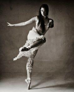 Dance by Aaron Sheldon on 500px