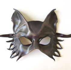 Chapter Geoff's mask at the Golden Cage Leather Dye, Leather Mask, Cat Costumes, Halloween Costumes, Beauty And The Beast Costume, Mask Images, Fox Dog, Animal Totems, Masquerade Ball