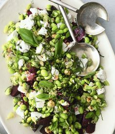 beetroot, goats cheese, mint and broad bean salad - yummy and healthy! Healthy Eating Recipes, Veggie Recipes, Salad Recipes, Vegetarian Recipes, Chicken Recipes, Veggie Food, Nuts And Seeds Recipes, Broad Bean Recipes, Easy Summer Salads