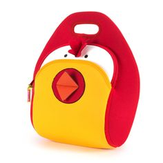 This barnyard themed, insulated, lunch bag is perfect for little ones whether hanging around the barnyard or the schoolyard. #lunchbags #kidslunchbags #machinewash #ecofriendly