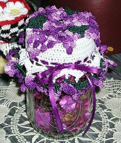 Bountiful Blessings - Grapes Jar Doily ~ free pattern