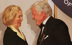 11 Things Hillary Clinton Has Accomplished That Have Nothing to Do With Bill