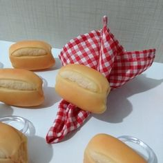 Hot Dog Buns, Tablescapes, Biscuits, Polymer Clay, Fruit, Napkin Rings, Bread Holder, Beaded Napkin Rings, Plate