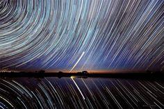 湖水に映る星の軌跡、オーストラリア