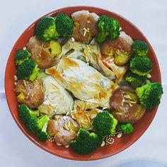 Almoço em casa dos pais dá relíquias assim: trouxinhas de legumes e castanhas com batata a murro  Aproveitem o vosso domingo em  boa companhia também