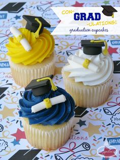 Graduation season is upon us! Whether you're celebrating a high school or college grad, cupcakes can make the perfect celebration treat! Customize your graduation cupcakes with fondant toppers matching the grad's school colors. Graduation Party Desserts, Graduation Cupcake Toppers, Graduation Party Planning, Graduation Cupcakes, Grad Parties, College Graduation Cakes, Fondant Cupcakes, Fun Cupcakes, Fondant Toppers