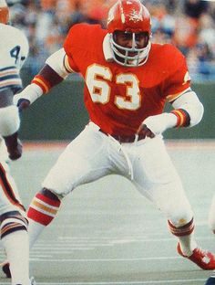 Willie Lanier (LB) Chiefs - First Year: 1967 - 11 seasons - Drafted: Round 2…