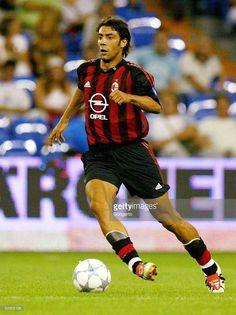 Best Football Players, Good Soccer Players, Real Madrid, Milan Wallpaper, Rui Costa, Association Football, Retro Football, Football Wallpaper, Best Player