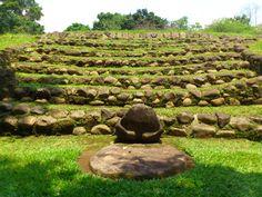 Takalik Abaj - Guatemala. Beautiful Olmec-Mayan ruins. http://do-guatemala.com/index.php/tours/archeological-sites/from-quetzaltenango-archeological