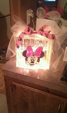 Minnie Mouse Glass Block with Lights