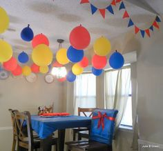 Simple snow white birthday. For more great birthday party ideas and decorations visit Get The Party Started on Etsy at www.GetThePartyStarted.Etsy.com
