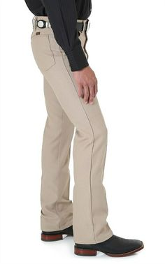 Wrangler Men's Wrancher Boot Cut Pant - Khaki