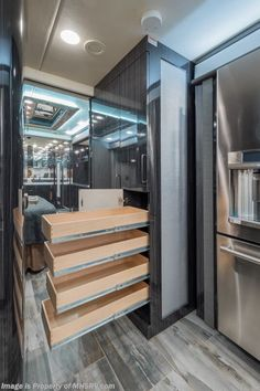2019 Foretravel Iron Luxury Villa 2 W/ Theater Seats Theater Seats, Ih, Bed Sizes, Luxury Villa, French Door Refrigerator, Cars For Sale, Nerd, Horse, Kitchen Appliances