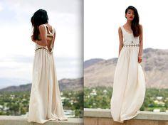 Coachella Day One (by Olivia Lopez) Little White Dresses, White Maxi Dresses, White Outfits, Pretty Outfits, Nice Dresses, Boho Wedding Dress, Wedding Dresses, Wedding Beach, Hawaii Wedding