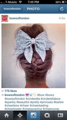 nice Cinderella Bow all cheerleaders cheer bow dream!- this bow is cute and awesome. Cute Cheer Bows, Cheer Mom, Big Bows, Cheer Stuff, Cheer Pics, Softball Pics, Girls Basketball, Girls Softball, Cheer Pictures