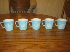 Set of 5 Pyrex Butterprint Mugs Coffee Cups with Roosters Amish Couple RARE | eBay @Mark Van Der Voort Saint
