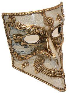 Venetian Mask. love love this ( SaviSassysusan )