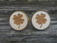 Shamrock Cufflinks. Clover. St. Patrick's Day, Wedding, Men's, Groom Gift, Fifth Anniversary Gift, Valentine's Day. Wood. Groomsmen. Lucky by TreeTownPaper on Etsy
