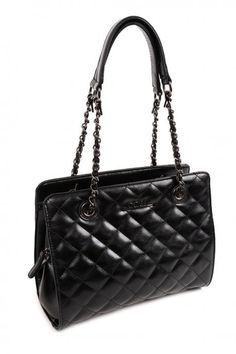 Black handbag, made of pu leather, with distinctive texture and chain. Comes with protective dust bag. Famous Brands, Black Handbags, Louis Vuitton Damier, Pu Leather, Dust Bag, Burberry, Fall Winter, Michael Kors, Shoulder Bag