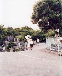 Still Walking (歩いても 歩いても, Aruitemo aruitemo) ,2008 Japanese film directed by Hirokazu Kore-eda.