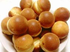 まさに屋台のベビーカステラ!会心の出来☆の画像 Easy Sweets, Homemade Sweets, Sweets Recipes, Baking Recipes, Bread Recipes, Japanese Bakery, Japanese Sweets, Puff And Pie, Momos Recipe