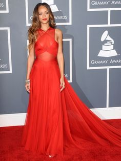 the colour and overall shape of rihanna's Grammy dress