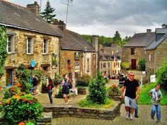 La Gacilly- beautiful village in Bretagne full of artisans.