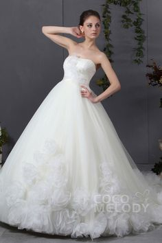 Latest A-Line Sweetheart Chapel Train Tulle Wedding Dress CWJT13005Cocomelody#weddingdresses#bridalgowns#