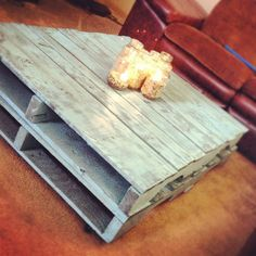 Pallet Coffee Table (in light blue)