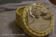 Поделка изделие Плетение плетеночка Бумага газетная Трубочки бумажные фото 2