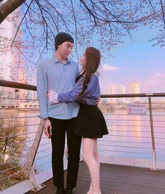 Korean Couple, Ulzzang Couple, Cute Couples, Art Photography, Couple Photos, Pretty, Babe, Goals, Friends
