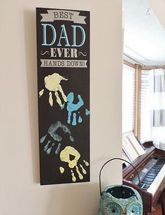 Best Dad Hands Down Wall Hanging Decor Project