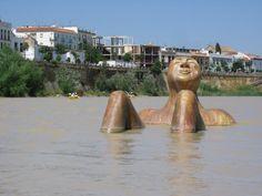 20 de las esculturas más raras alrededor del mundo - ForoCoches Statues, Statue En Bronze, No Rain, Cemetery, Graffiti, Street Art, Carving, Gallery, Murals