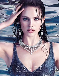 More than 390 diamonds cascade from model Emily DiDonato's neck in Graff's water-inspired ad, one of four nature-themed images from the designer's latest campaign. Graff Jewelry, Luxury Jewelry, Diamond Jewellery, Cartier Jewelry, Jewelry Photography, Fashion Photography, Kreative Portraits, Emily Didonato, Jewelry Model