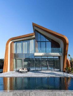 Exklusive Luxusvilla in Strandnähe mit Photovoltaik Anlage - 640 m2 mit zahlreichen Highlights  Details zum #Immobilienangebot unter https://www.immobilienanzeigen24.com/tuerkei/07110-antalya/Villa-kaufen/25510:28346115:0:mr2.html  #Immobilien #Immobilienportal #Antalya #Haus #Villa #Türkei
