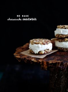 Raw Cheesecake Sandwiches
