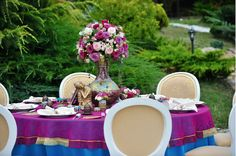 July 2015: Indian Vibe Wedding Theme | Satori Art & Event Design | Cluj Napoca, Romania Indiana, Indian Wedding Theme, Event Themes, Romania, Event Design, Wedding Designs, Wedding Events, Hand Painted, Table Decorations