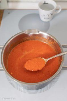 Zupa krem z papryki i pomidorów - genialna! - Madame Edith Pudding, Desserts, Food, Diet, Mascarpone, Tailgate Desserts, Deserts, Custard Pudding, Essen