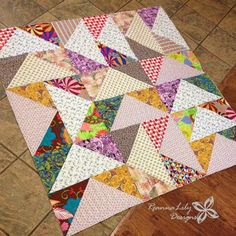 Giant Flying Geese Using Layer Cakes   Quilting Pattern   Jen Eskridge   ReannaLily Designs   ReannaLily Quilts   Longarm Quilting