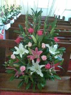 Church Altar Flowers 05 - less flowers but < 1/2 price...
