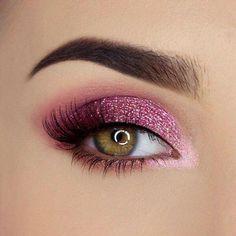 Pink Eyeshadow Look, Purple Eye Makeup, Metallic Eyeshadow, Colorful Eye Makeup, Pink Smokey Eye, Pink Eyeliner, Brown Makeup, Eye Makeup Steps, Eye Makeup Art