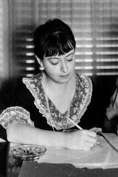Dorothy Parker: 'It's a terrible thing to say, but I can't think of good women writers. Of course, calling them women writers is their ruin; they begin to think of themselves that way.'