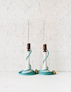 Lighting - Pair of Vintage White Milk Glass Diamond Cut Candlestick Lamps w/ Agua Net Color Cord op Etsy, 1.167,78 €