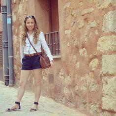 Don´t miss today´s outfit post on my blog www.ideassoneventos.com #ideassoneventos #imagenpersonal #imagen #moda #ropa #looks #vestir #fashion #outfit #ootd #style #tendencias #fashionblogger #personalshopper #blogger #me #streetstyle #postdeldía #blogsdemoda #instafashion #instastyle #instalife #instagood #instamoments #job #myjob #currentlywearing #clothes #casuallook #sandalias