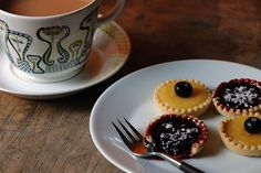 Home-made lemon curd and fruit jelly tarts with a cup of tea | H is for Home #recipe #baking